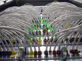 Маркировка проводов в телекоммуникационном шкафу