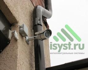 Видеокамера RVi монтаж на улице