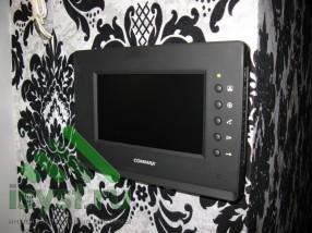Видеодомофон Commax в интерьере (продажа, монтаж и обслуживание домофонов)