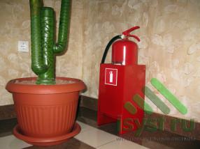 Огнетушитель на этаже